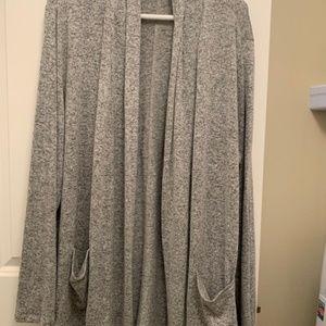 Long pocket cardigan